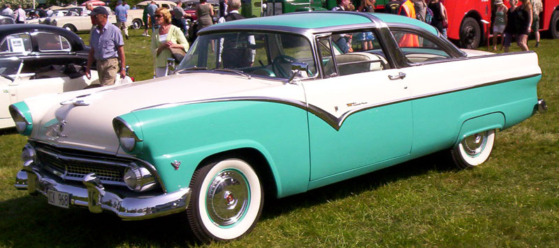 File:1955 Ford Fairlane Crown Victoria 2.jpg - Wikimedia ...