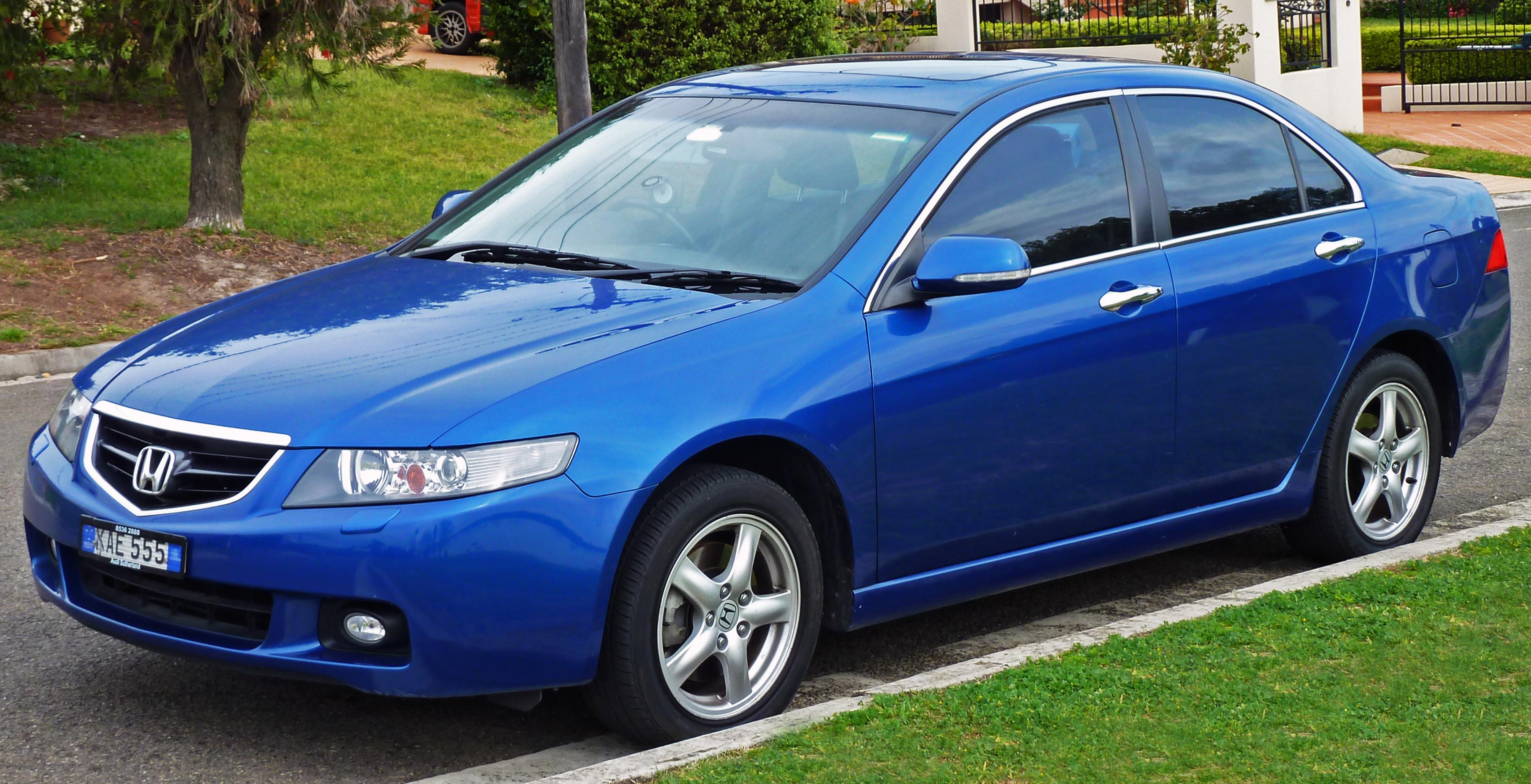 Honda Accord Sport >> File:2003-2005 Honda Accord Euro Luxury sedan (2010-09-19 ...