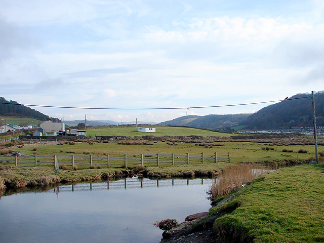Afon Clarach, looking inland from Clarach Bay - geograph.org.uk - 1167536