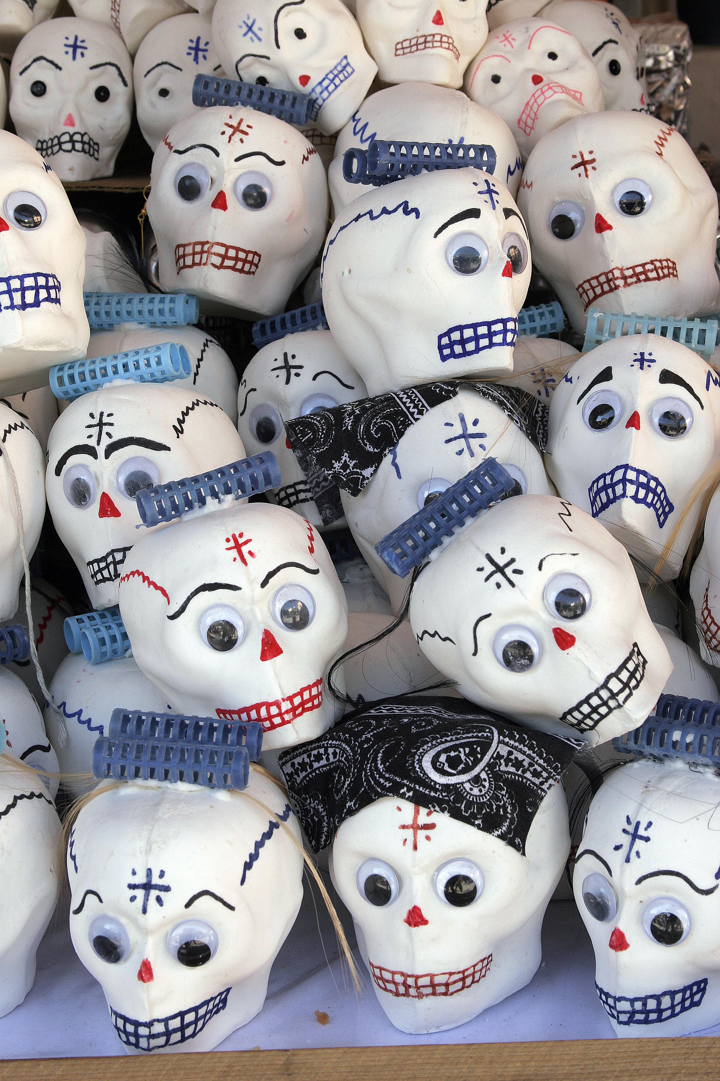 Sugar Skull Wikipedia Sugar Skulls For Day of The