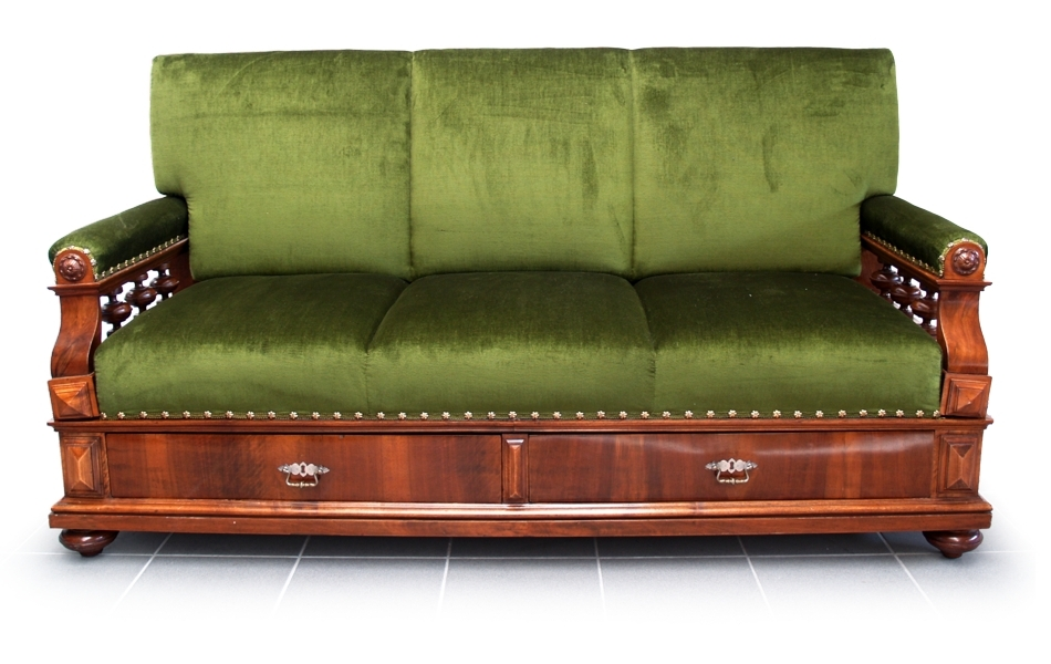 File:Antikes Sofa Diwan 1880 furniert.jpg - Wikimedia Commons