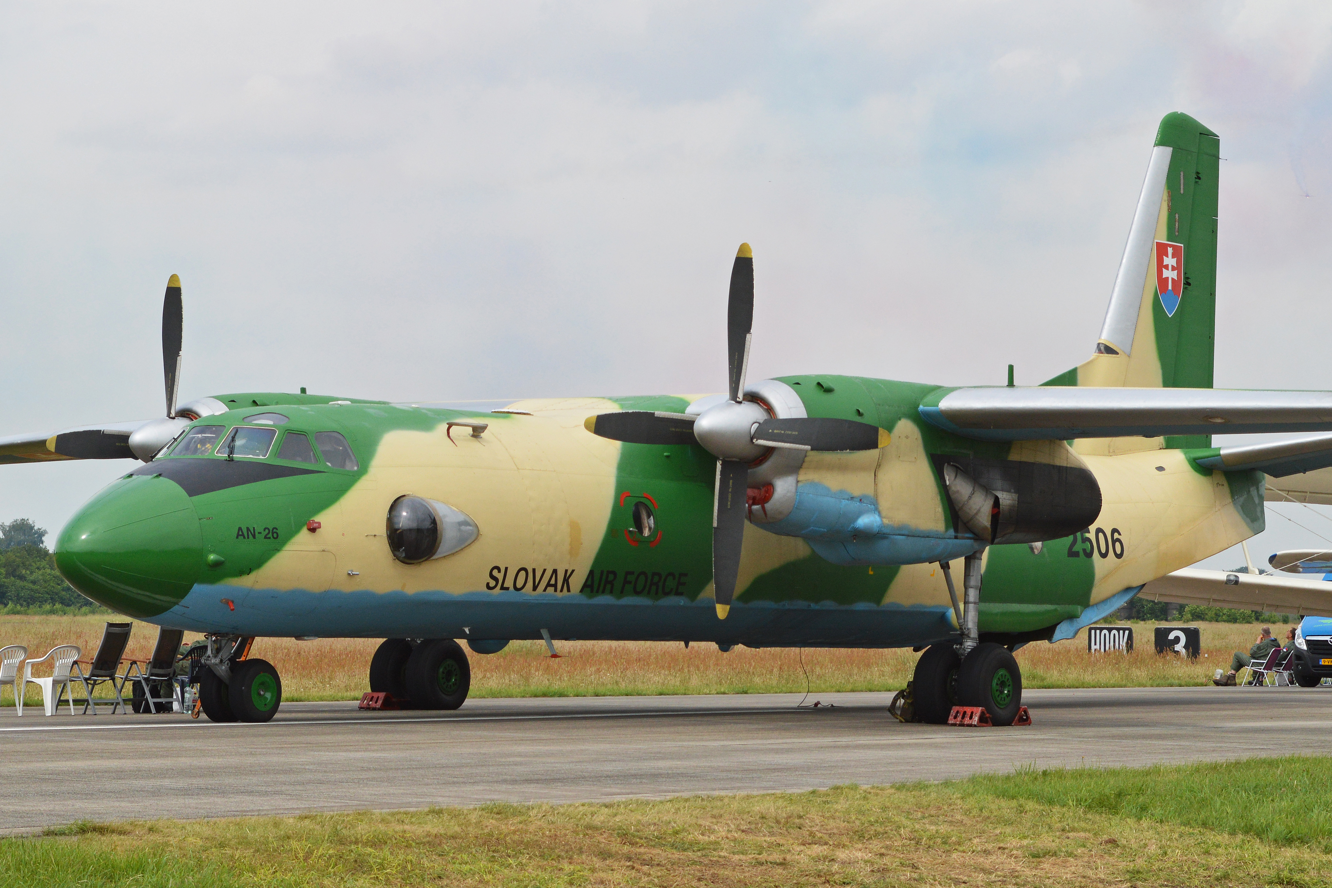 File:Antonov An26 Curl 2506 (9327456443).jpg