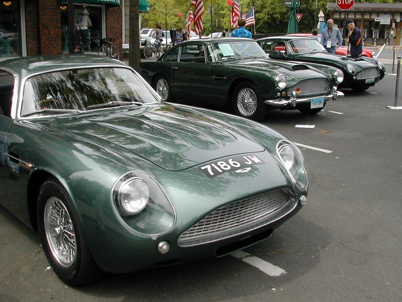 File Aston Martin Db4gt Zagato With Db5 Jpg Wikimedia