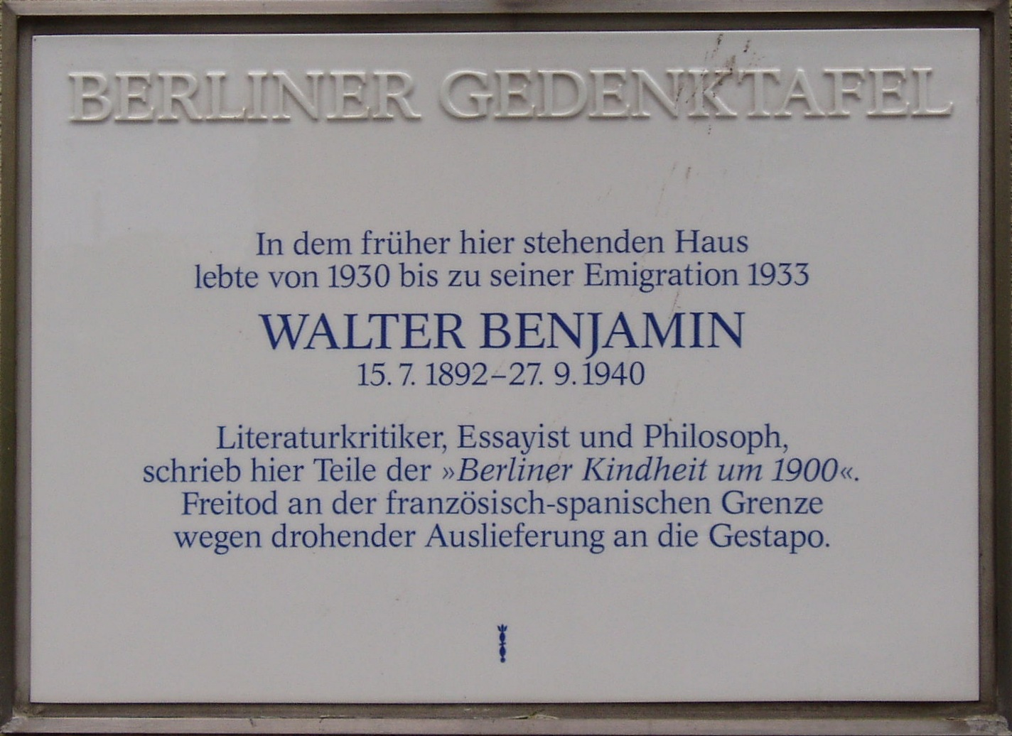 walter benjamin essay on collecting