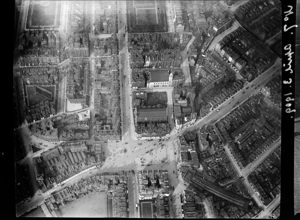 Sloane Square - Wikipedia, the free encyclopedia