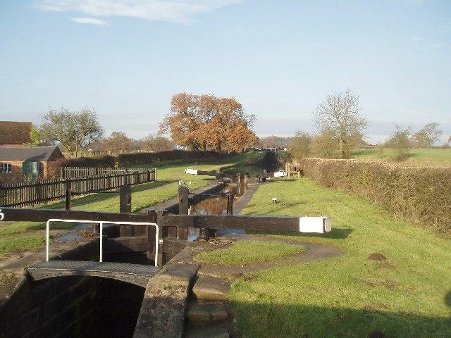 Bosley Locks, Macclesfield Canal - geograph.org.uk - 89205