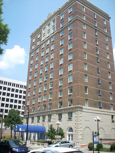 Carlton Hotel And Spa