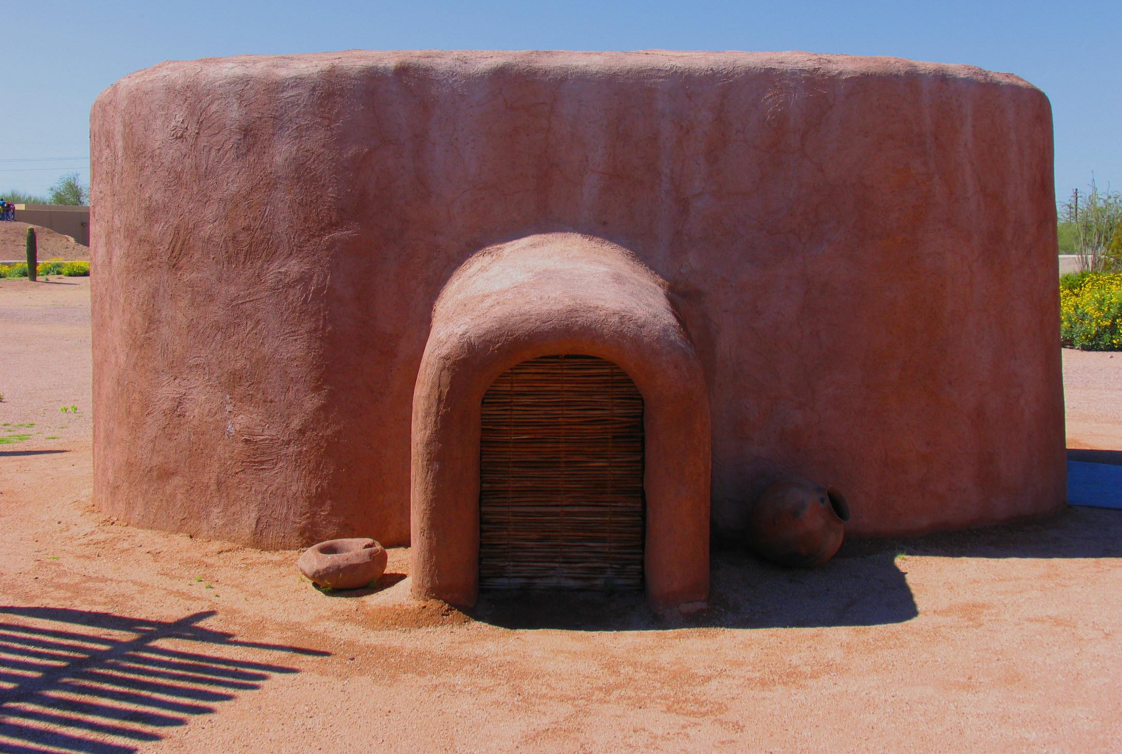 Dwelling at Pueblo Grande Museum.jpg