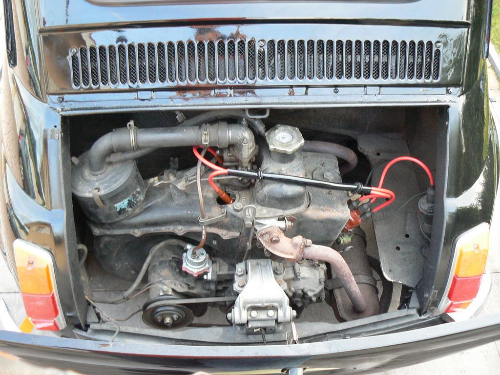File Fiat 500 Engine Jpg Wikimedia Commons
