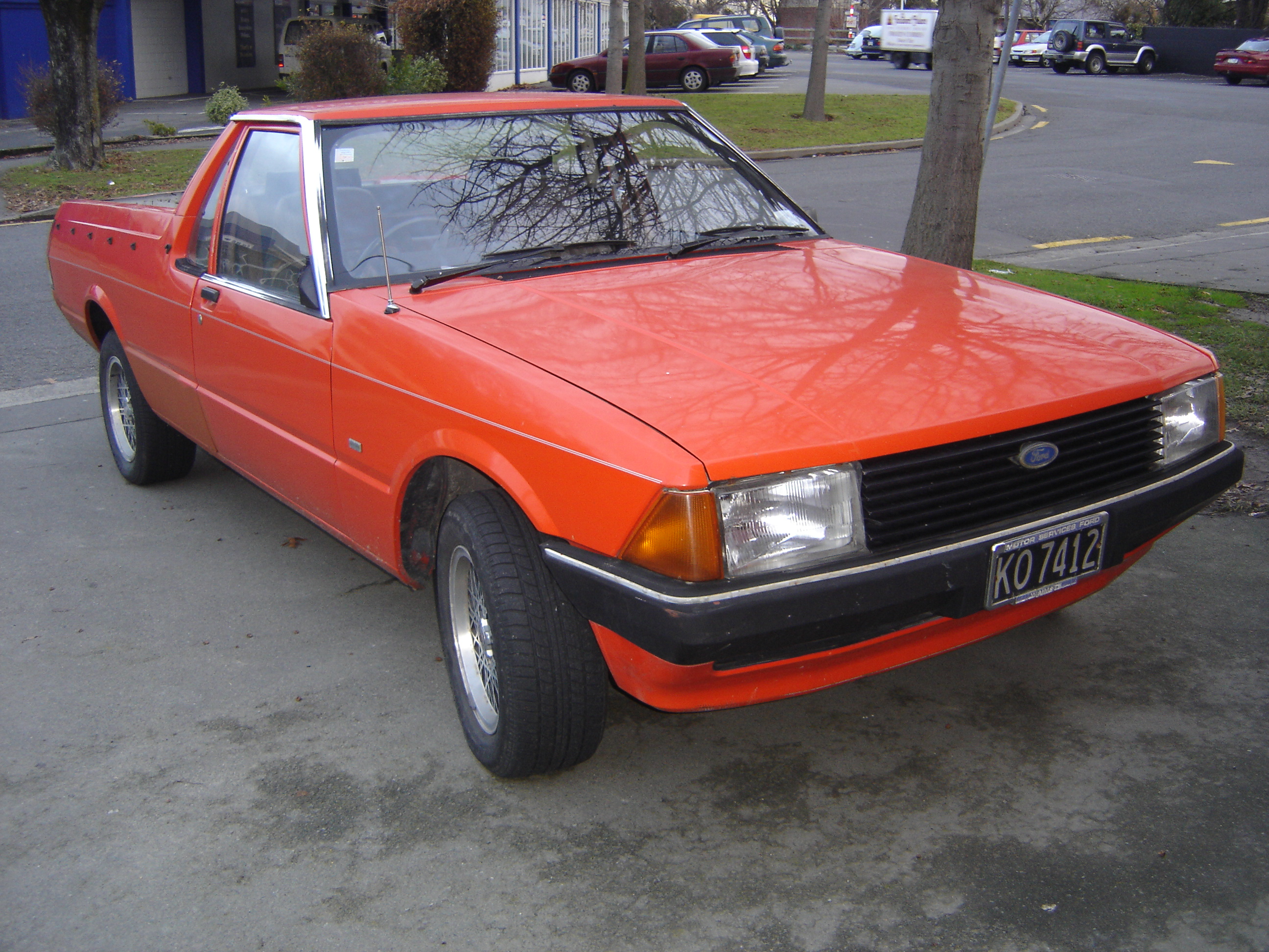 File Ford Falcon Xd 1982 Ute Front Jpg Wikimedia Commons