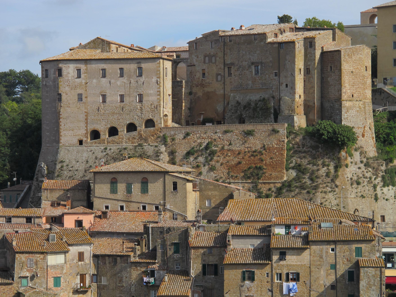 Fortezza Orsini (Sorano) 10.JPG