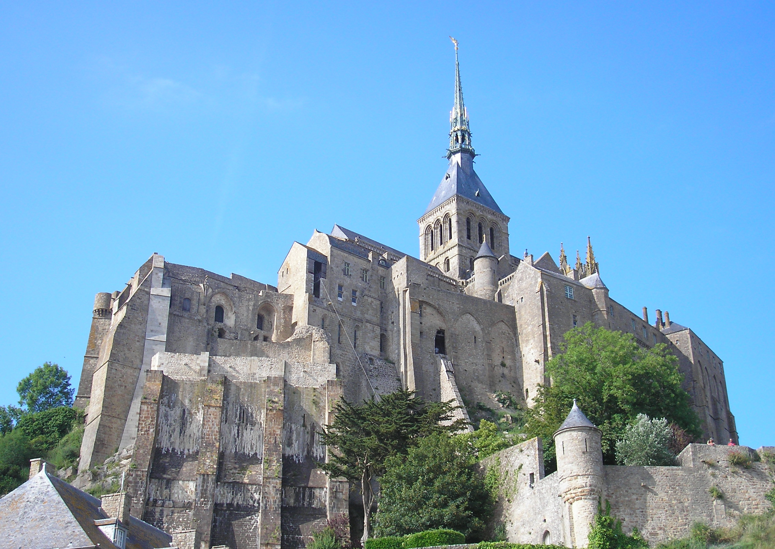 discover the mont saint michel in normandy french moments. Black Bedroom Furniture Sets. Home Design Ideas