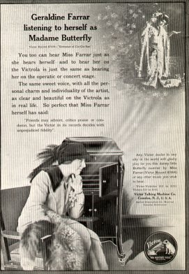 frameGeraldine Farrar in a 1914 Victrola advertisement