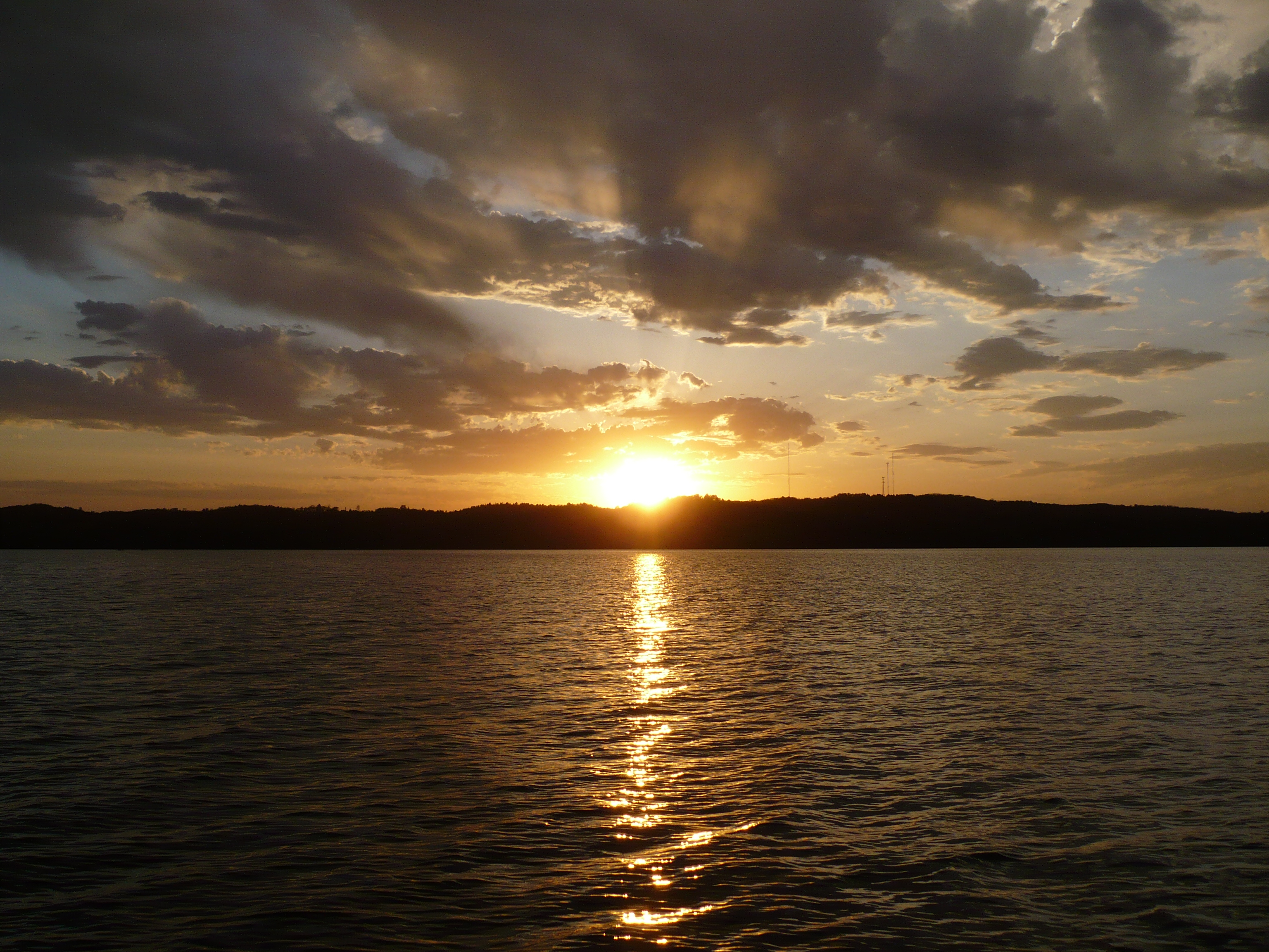 Gull_Lake_sunset.JPG