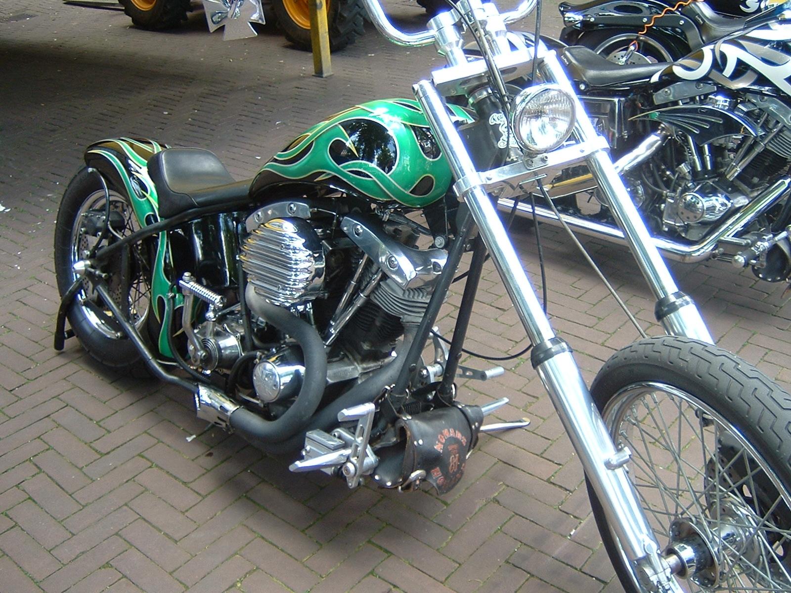 Que estilo de moto llevas en la sangre???? Harley-Davidson_3