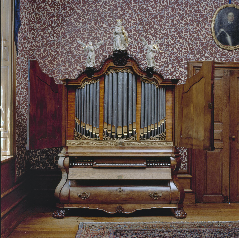 Bestand interieur aanzicht kabinetorgel orgelnummer 1491 for Interieur wikipedia