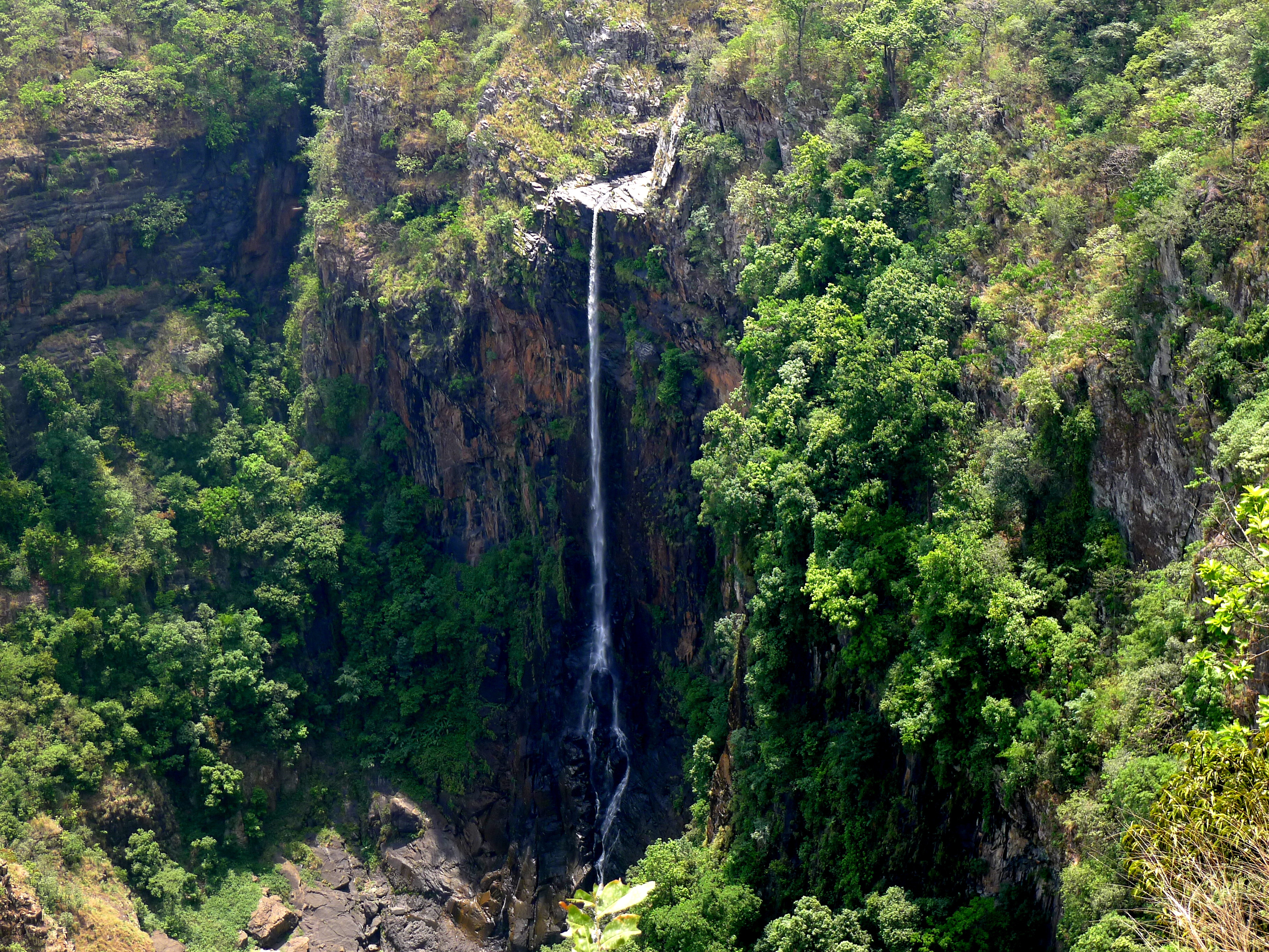 Joranda Falls and Barehipani Falls