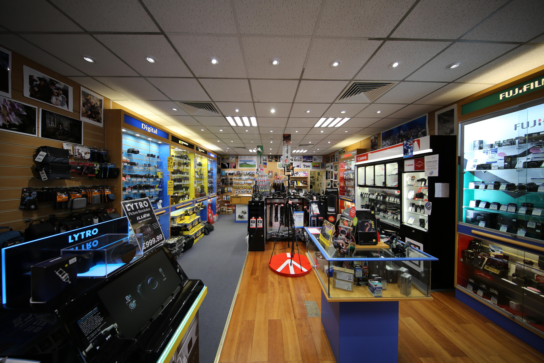 File:London camera exchange interior.JPG - Wikimedia Commons