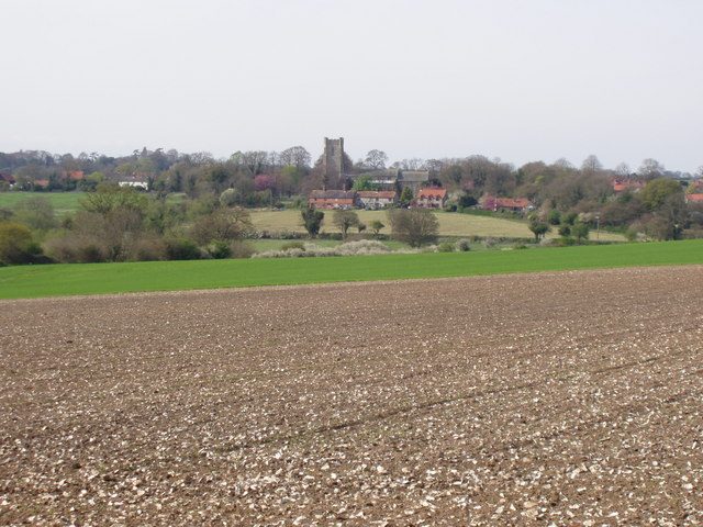 File:Looking across to Castle Acre - geograph.org.uk - 405668.jpg