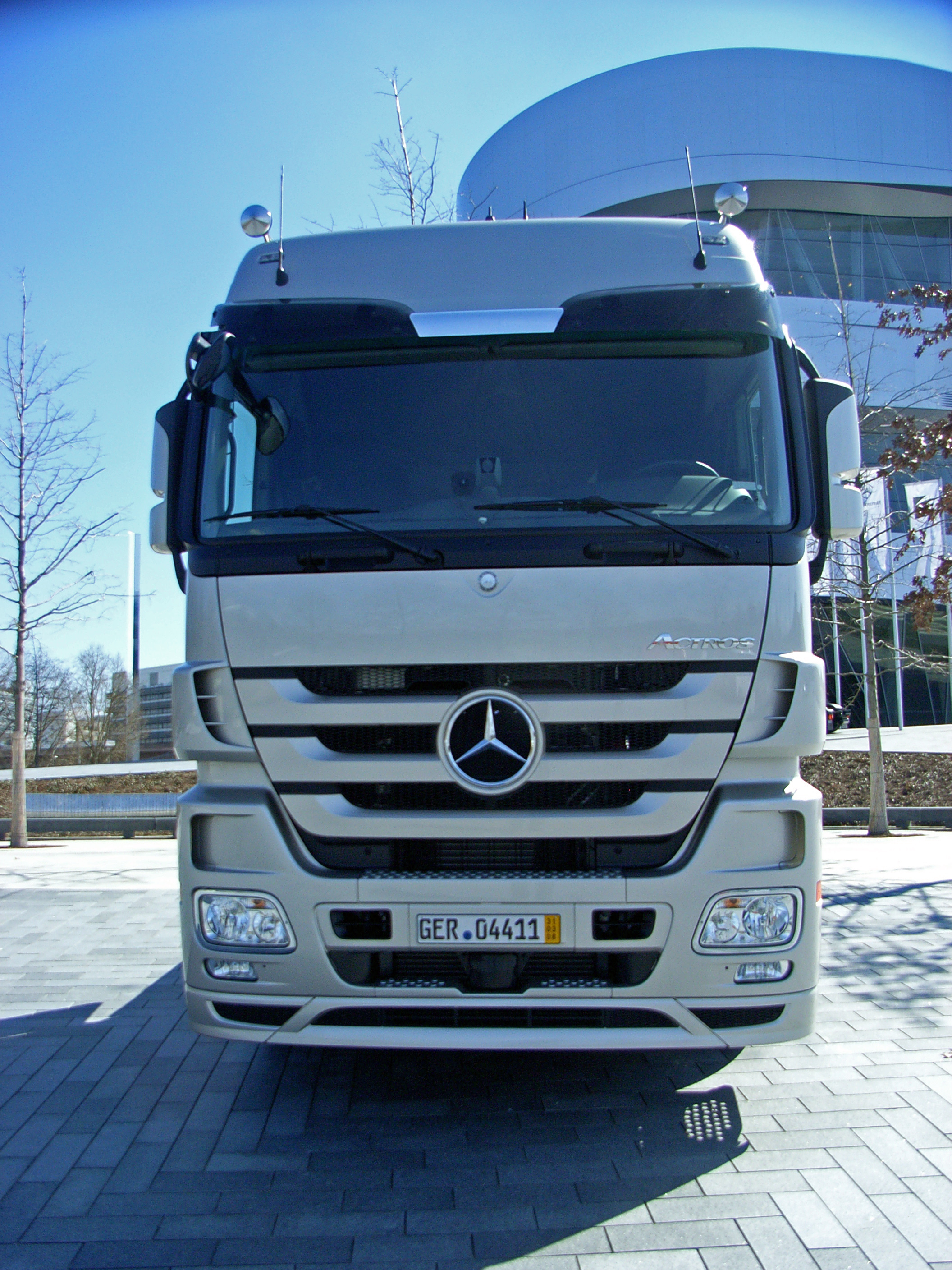 Mercedes-Benz Actros | Military Wiki | FANDOM powered by Wikia