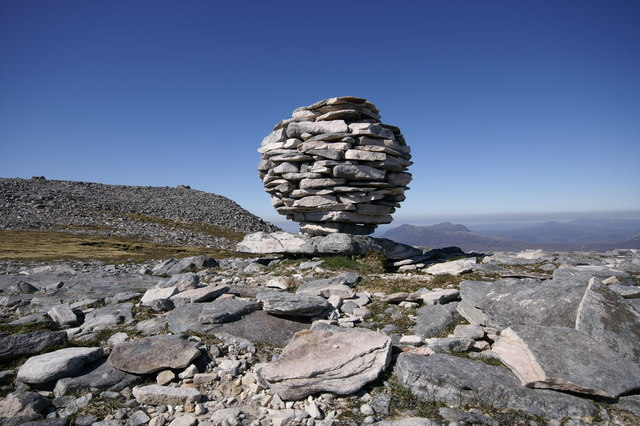 file mountain art on canisp a quartzite spherical cairn geograph