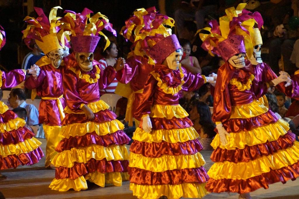 Image Result For Altar De Muertos