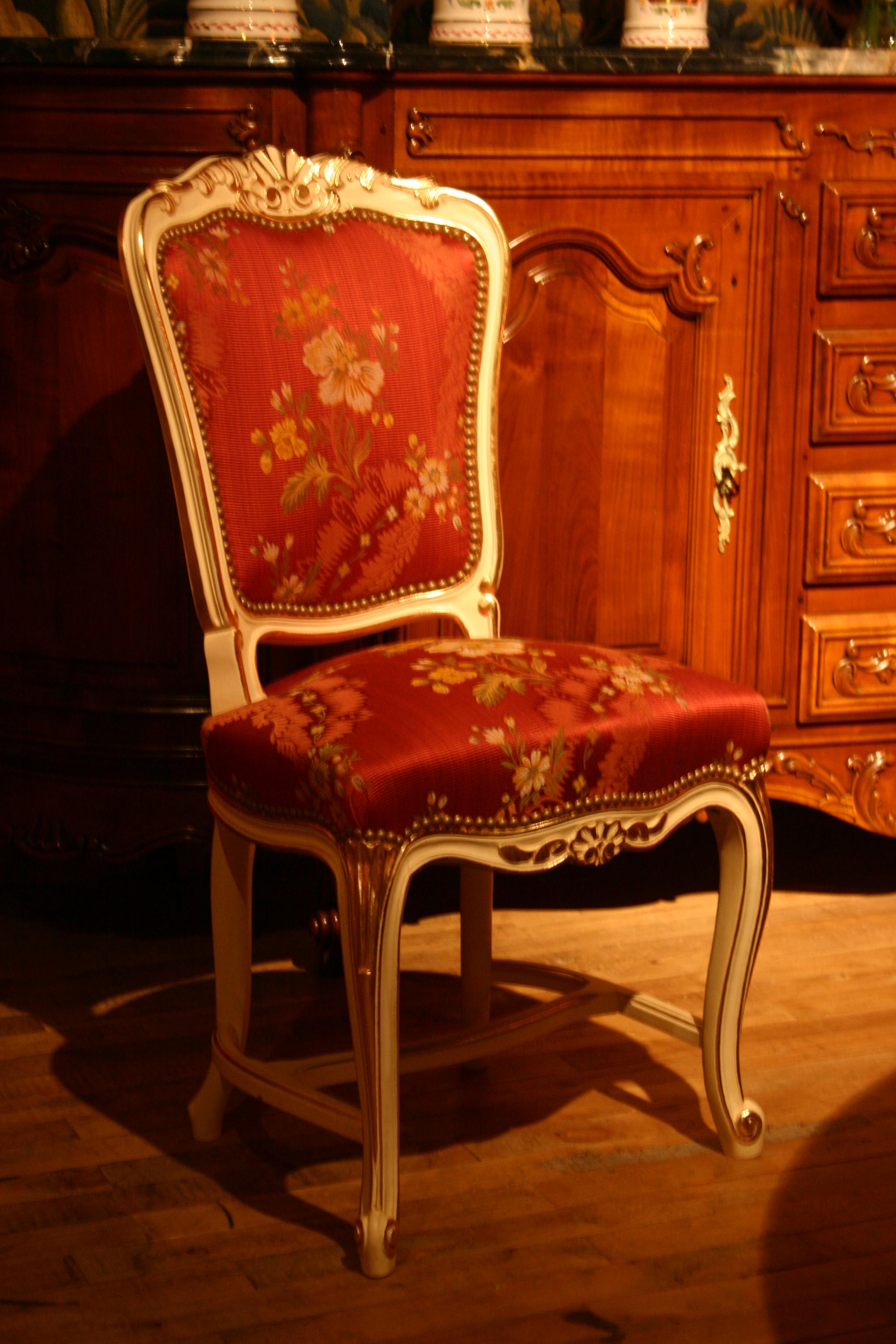 file n 354 chaise entretoise s vign de style louis xv r plique d 39 un mod le d 39 poque r alis