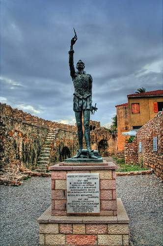 The statue of Miguel de Cervantes at the harbour of Naupactus (Lepanto). - Miguel de Cervantes