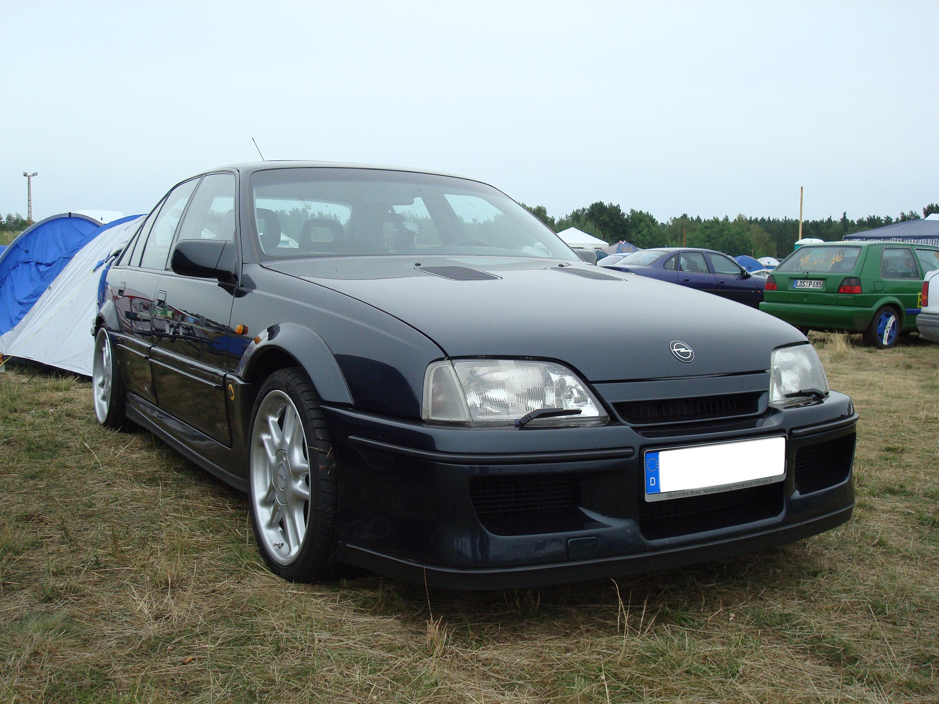 File Opel Lotus Omega Jpg Wikimedia Commons