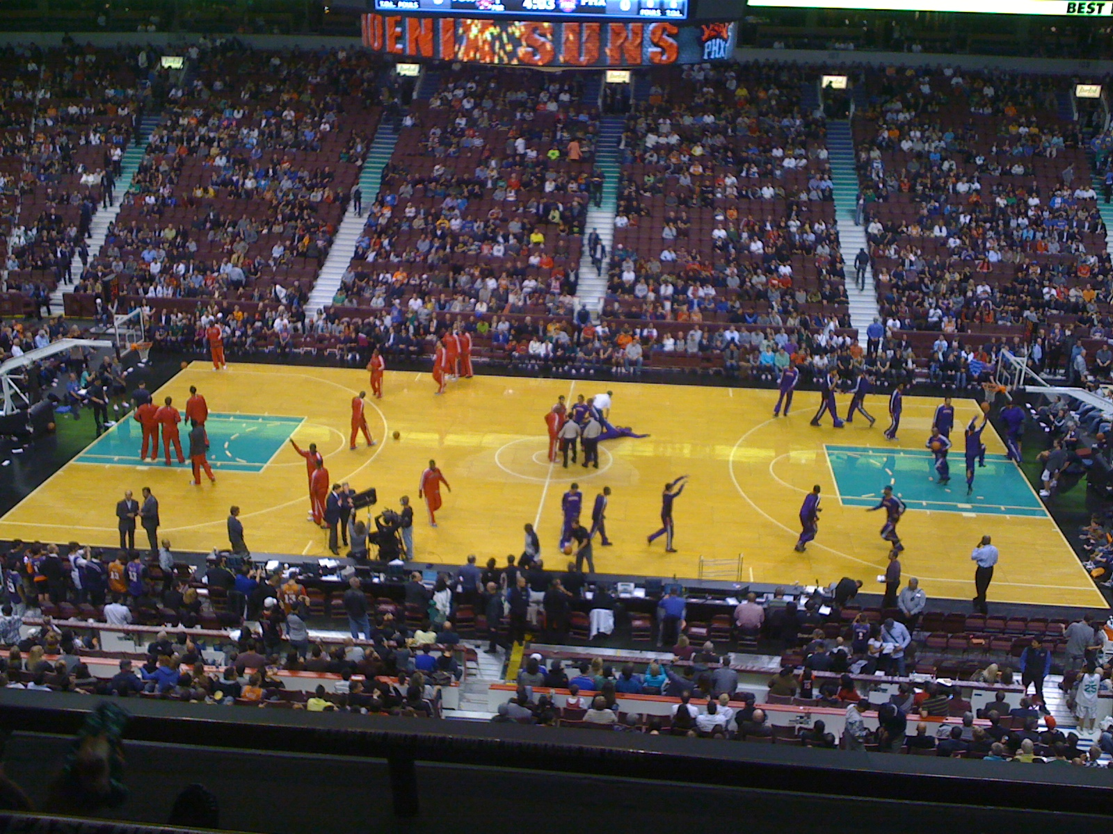 File:Phoenix Suns in Vancouver.jpg - Wikimedia Commons