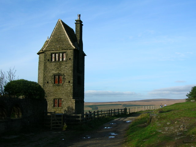 Pigeon Tower - geograph.org.uk - 1205981