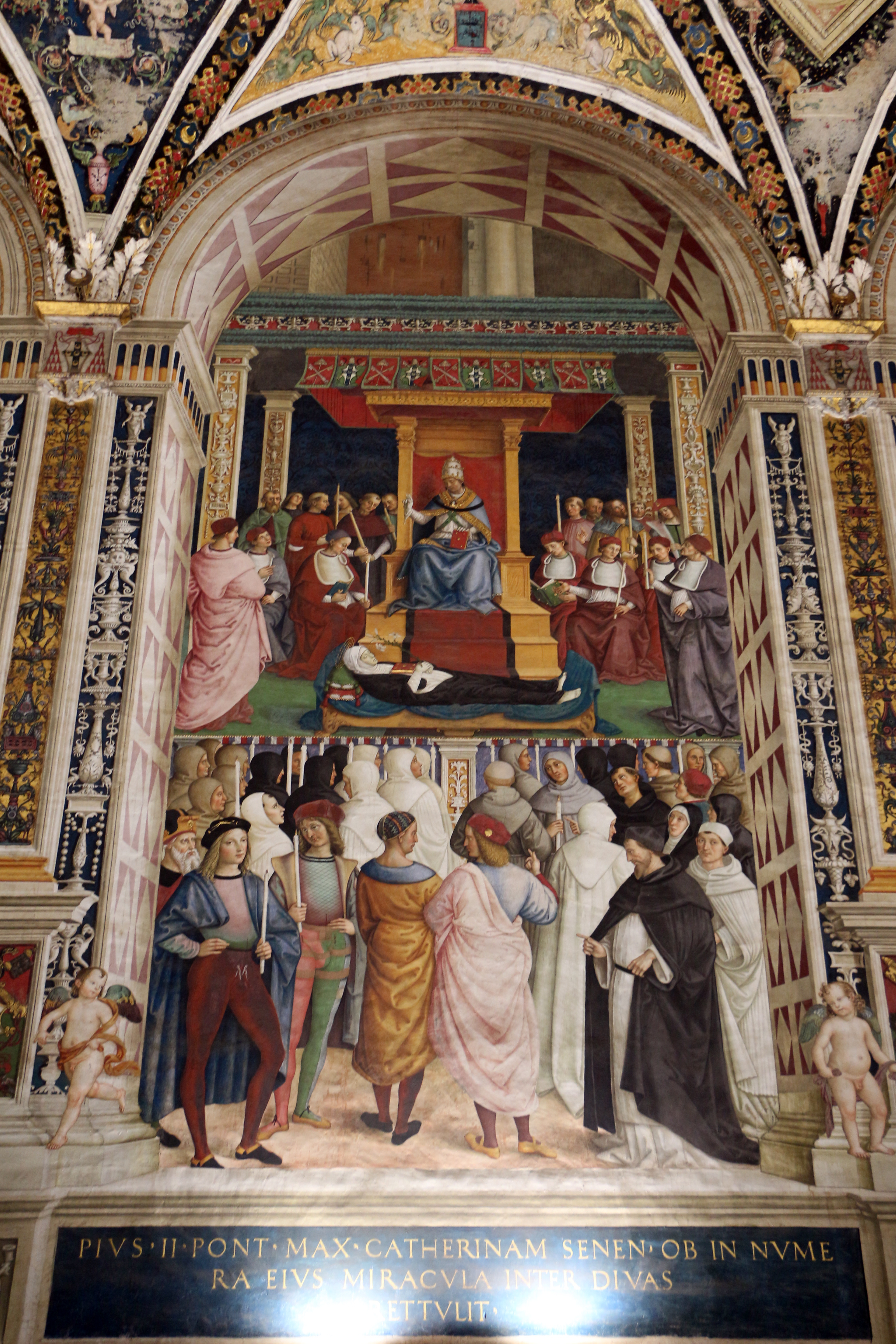 https://upload.wikimedia.org/wikipedia/commons/e/e8/Pinturicchio%2C_liberia_piccolomini%2C_1502-07_circa%2C_Pio_II_canonizza_santa_Caterina_da_Siena_01.JPG