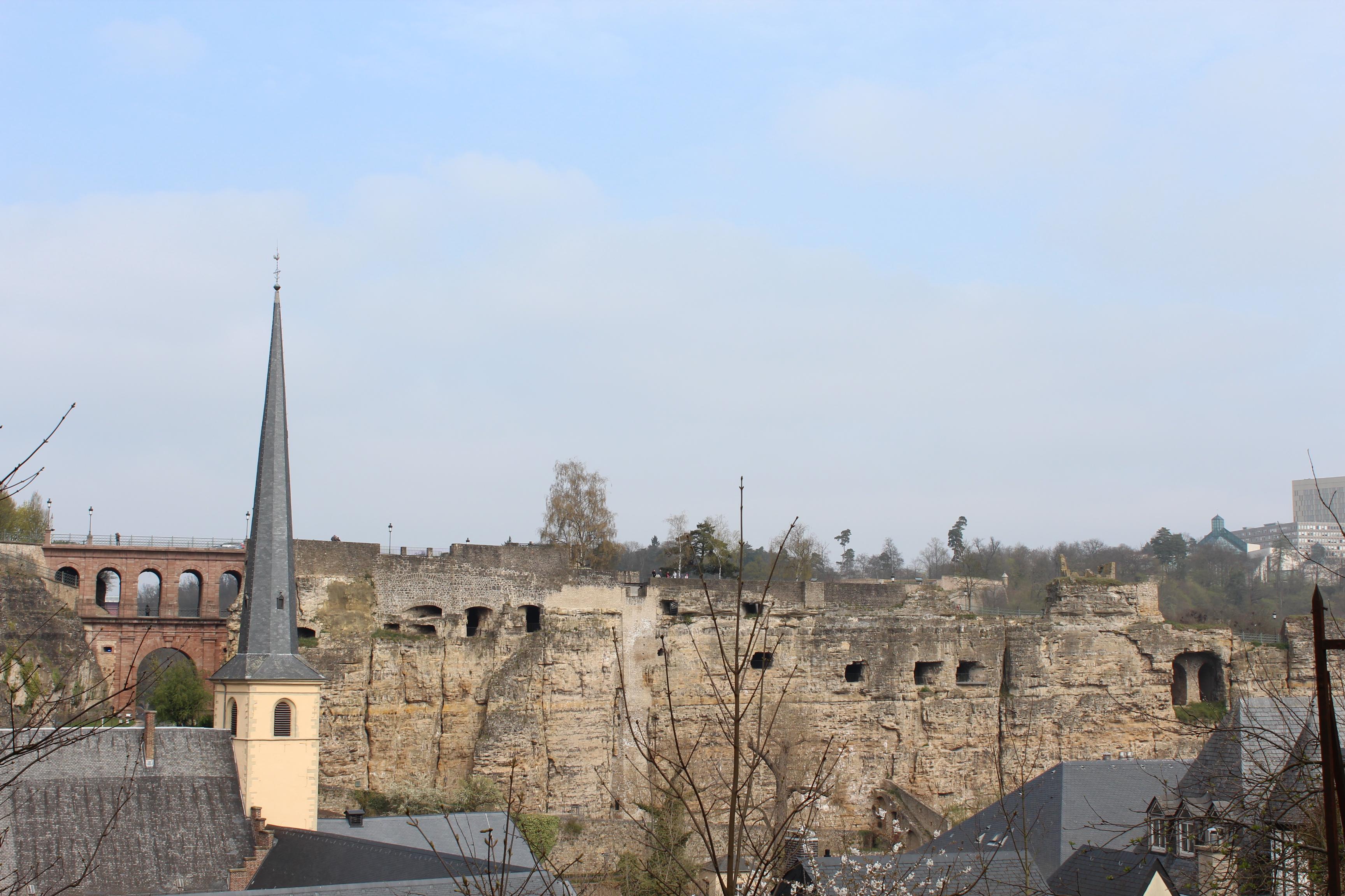 File Pont Du Chateau Rocher Du Bock Luxembourg City 2012 04 Jpg