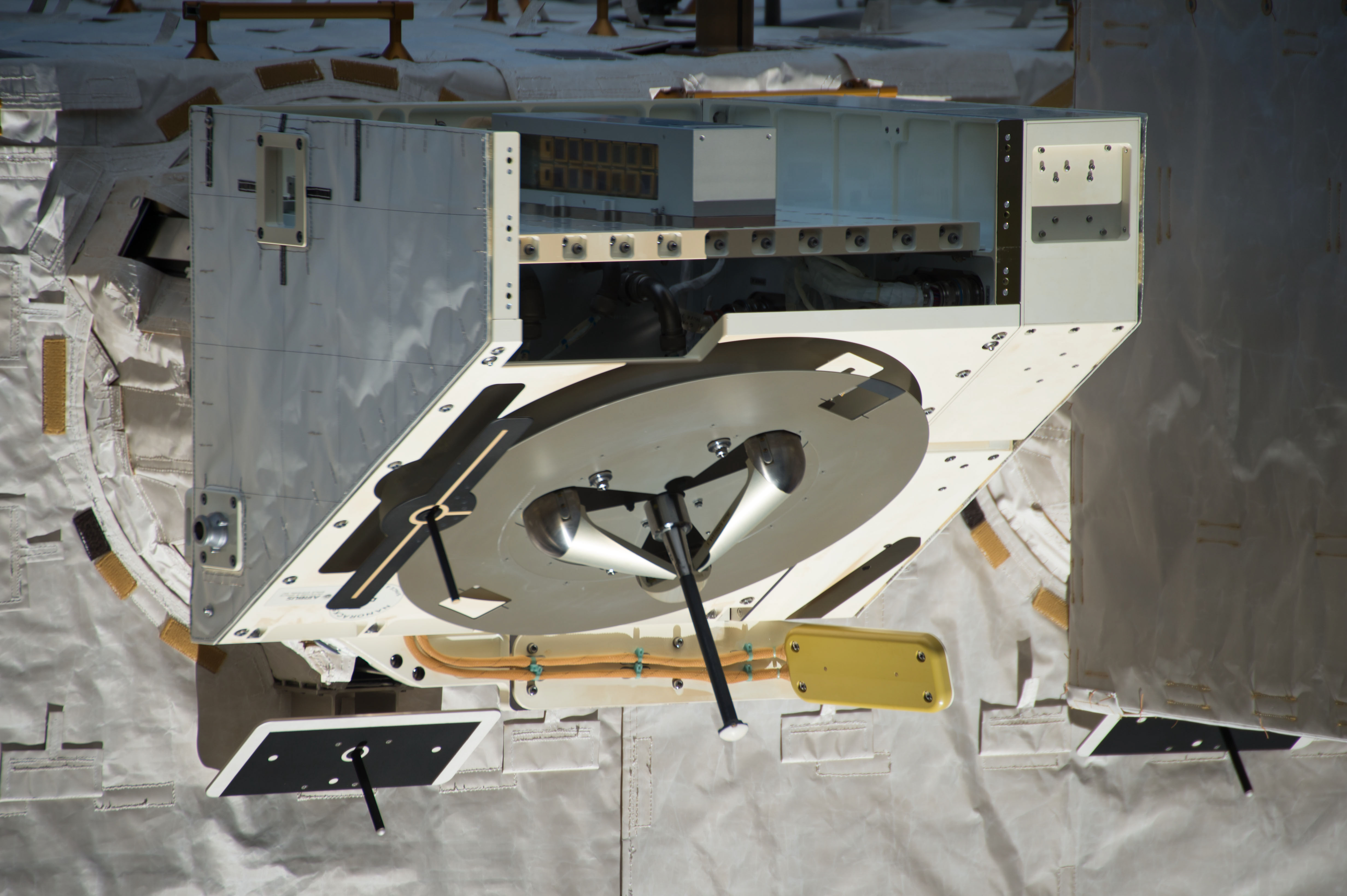 File:Power and Data Grapple Fixture on JEM Exposed Facility (ISS050 ...