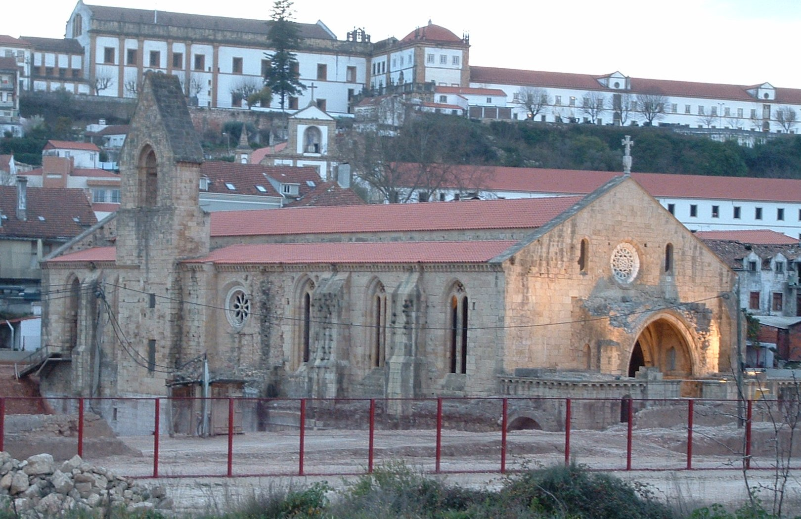 File Pt Coimbra Convento Staclara2 Jpg Wikimedia Commons