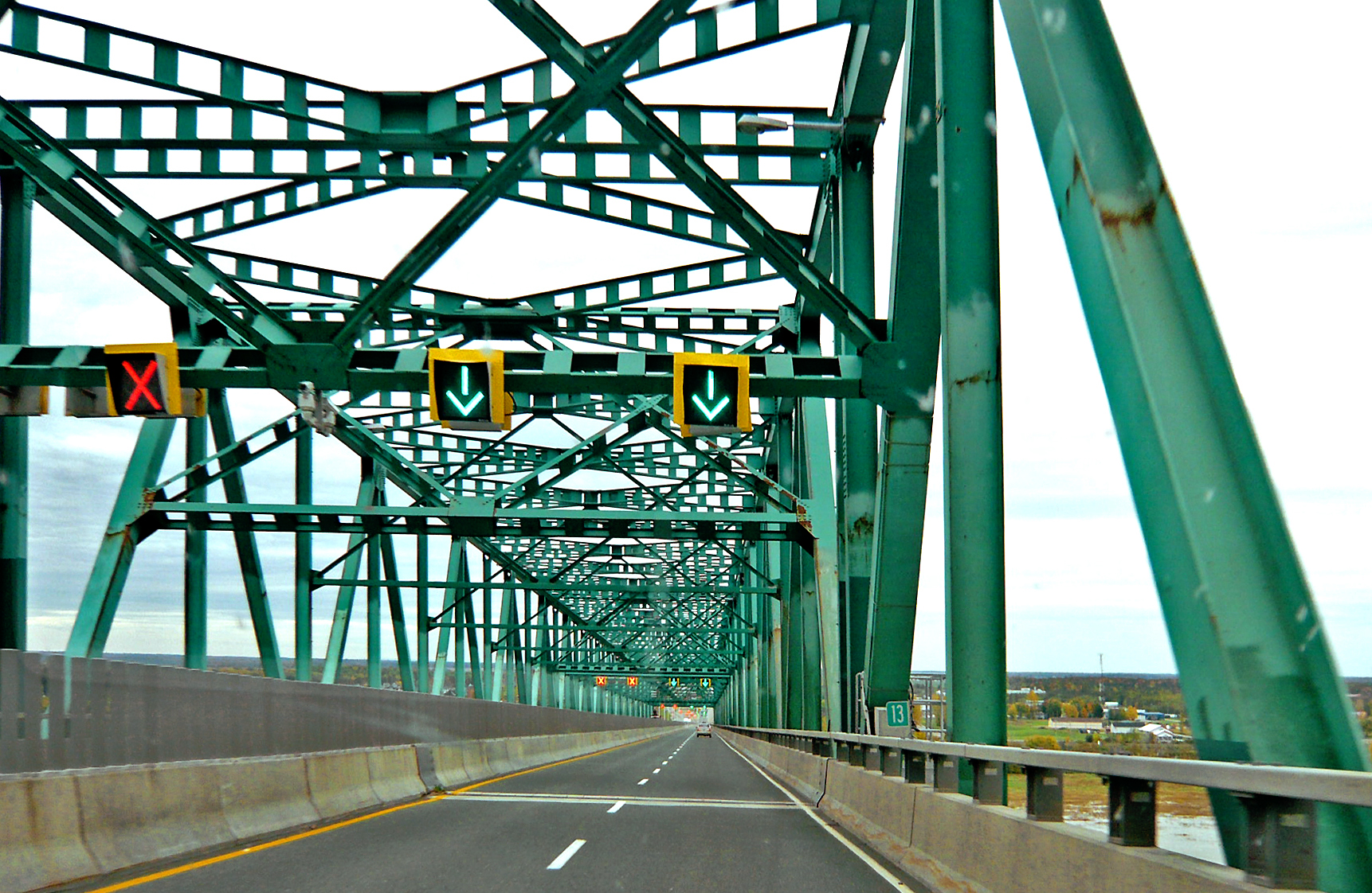 Laviolette Bridge