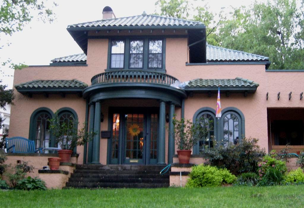 Spanish Revival file:resize of spanish revival house - wikimedia commons