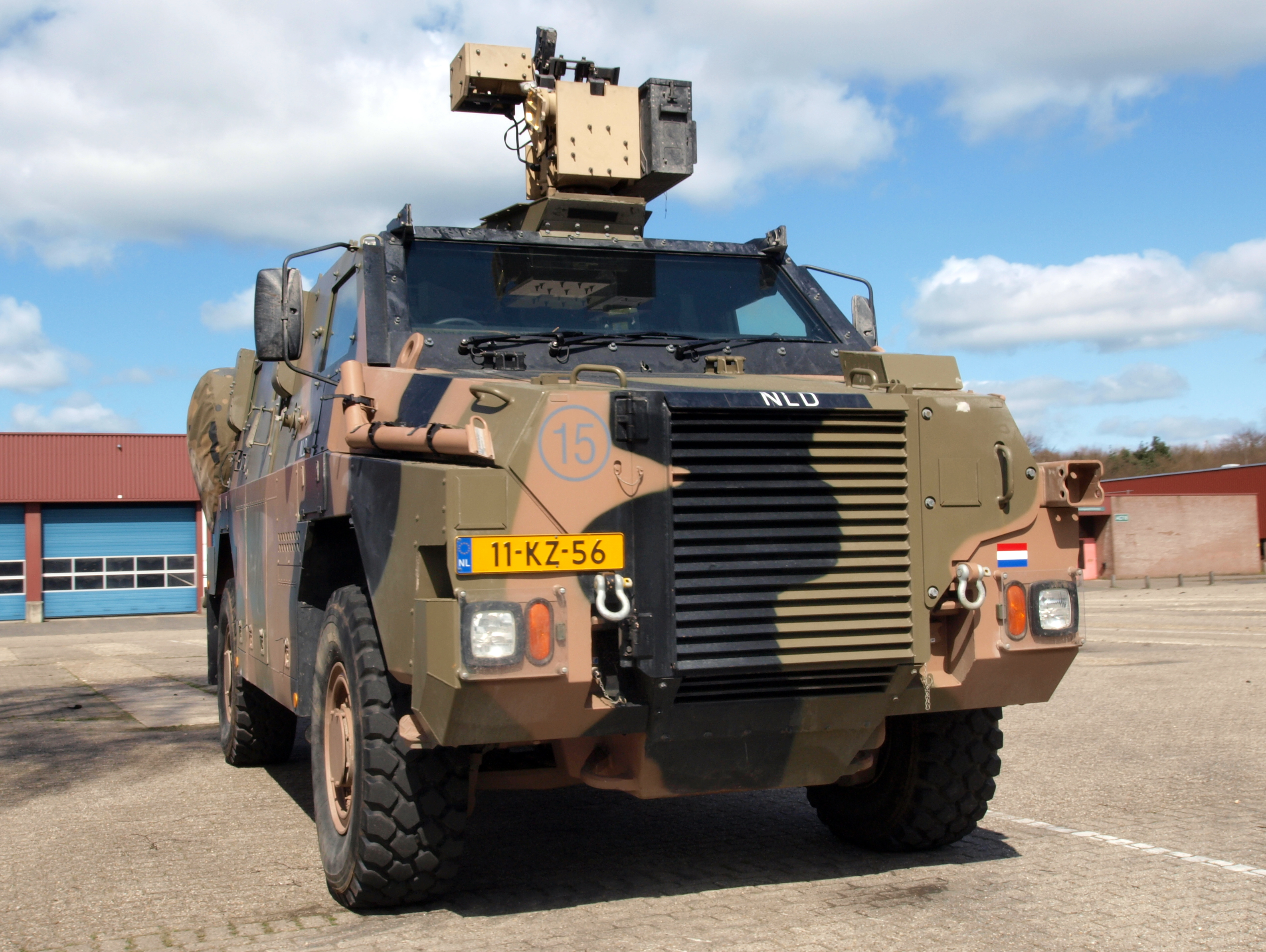 File:Royal Netherlands Army Bushmaster APV, VAU 12kN 4X4 ...