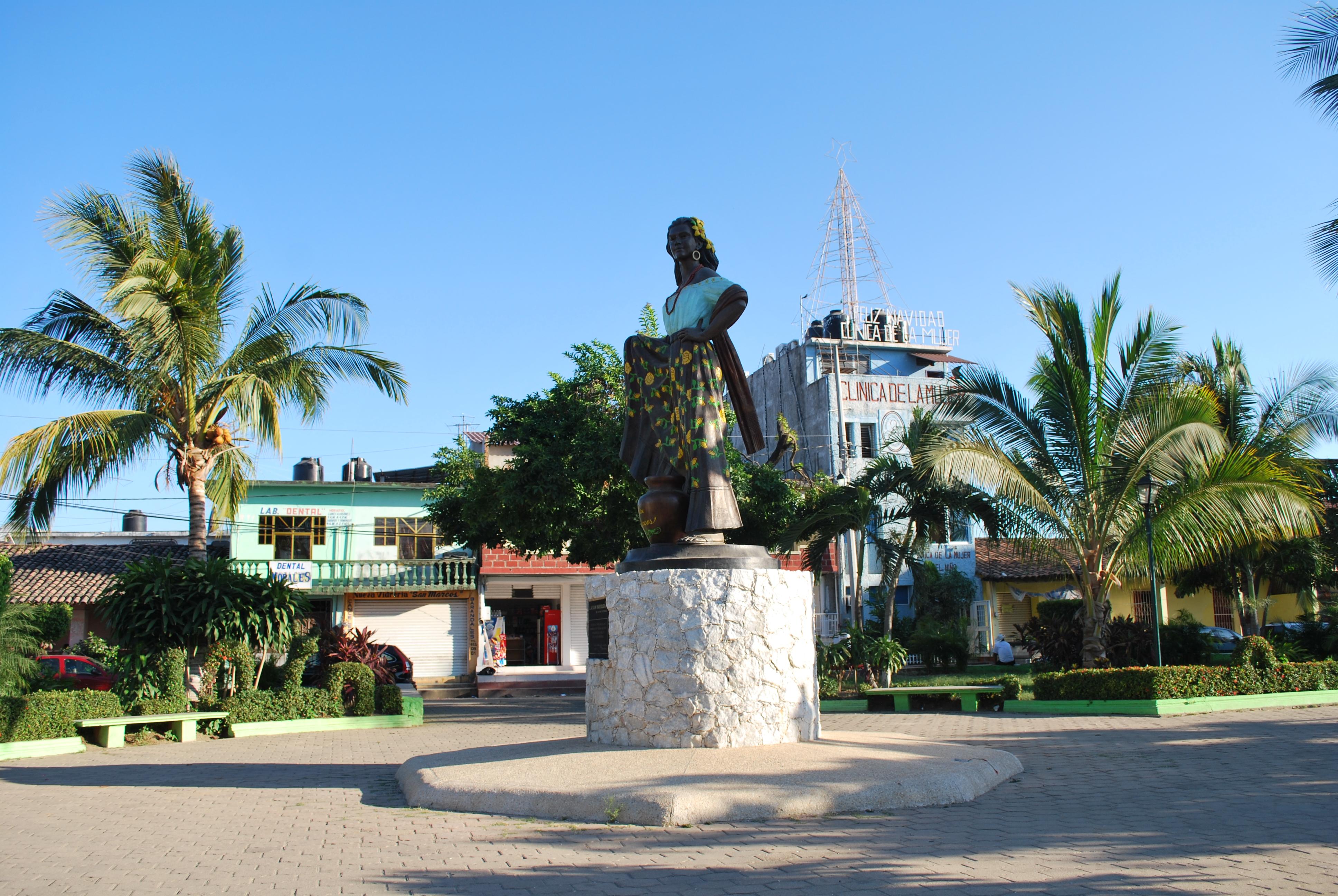 File sanmarcosguerrero08 jpg wikimedia commons for Puerta 8 san marcos