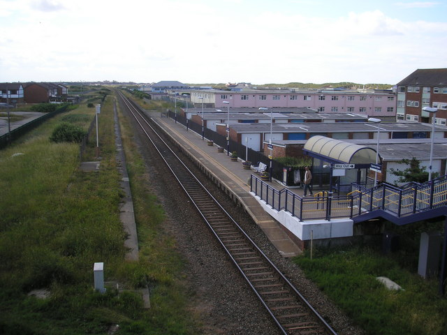 Squires gate railway station wikipedia