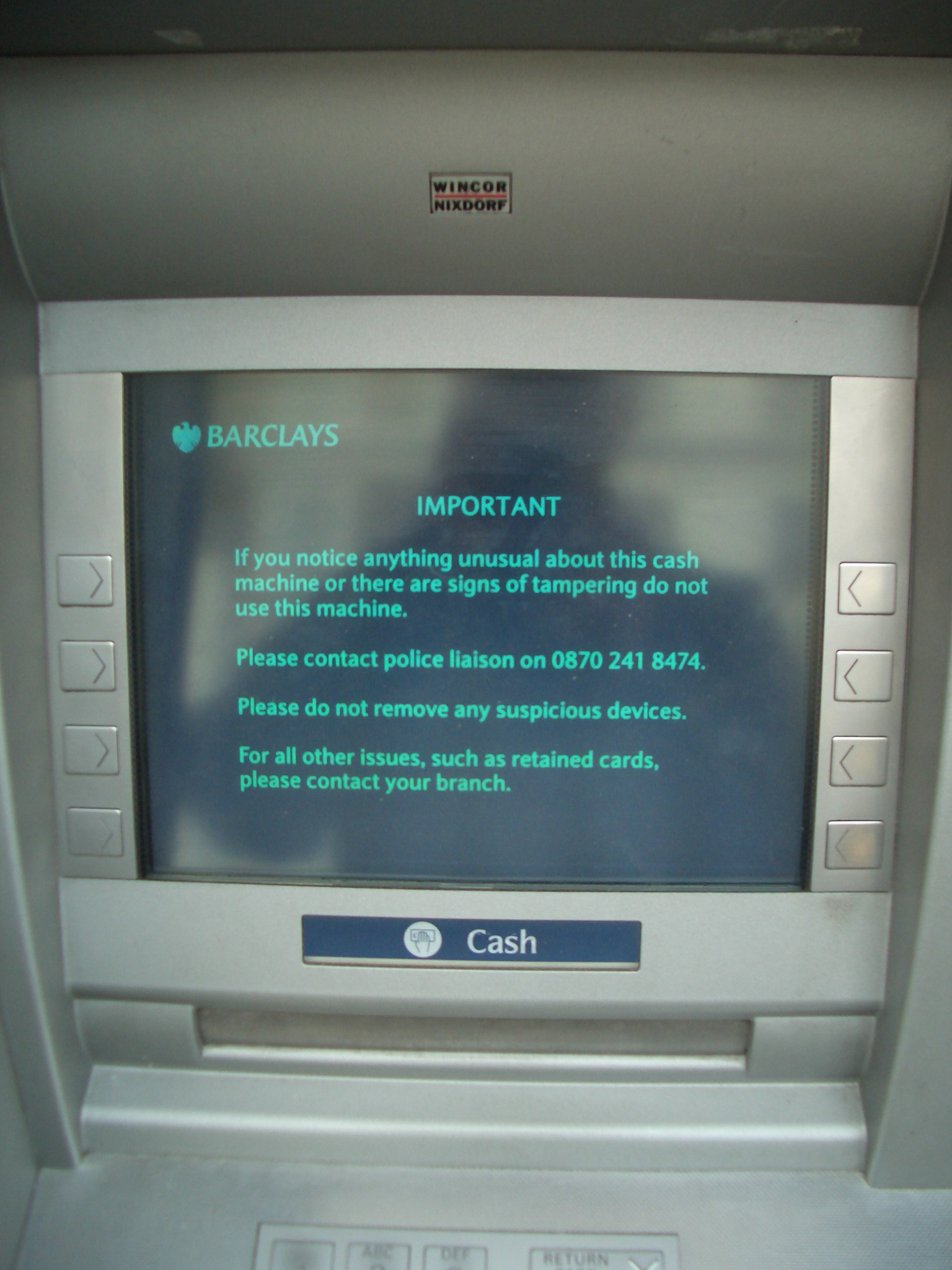 bank with free change machine