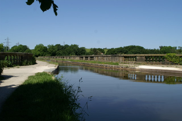 The Lune Aqueduct of the Lancaster Canal, from the south - geograph.org.uk - 1334426
