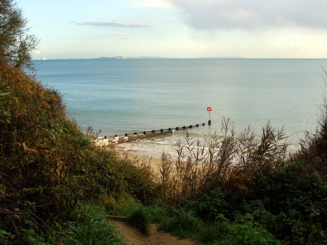 The north groyne from Shep's Hollow, Swanage beach - geograph.org.uk - 1026914