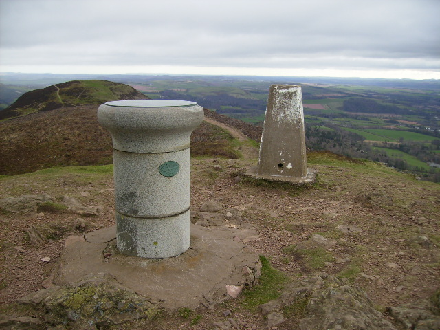 The top of Eildon Mid Hill - geograph.org.uk - 396644
