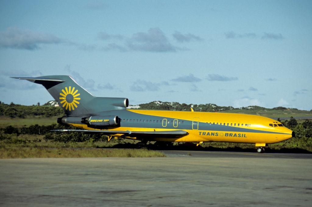 File:Transbrasil Boeing 727-100 Volpati-2.jpg