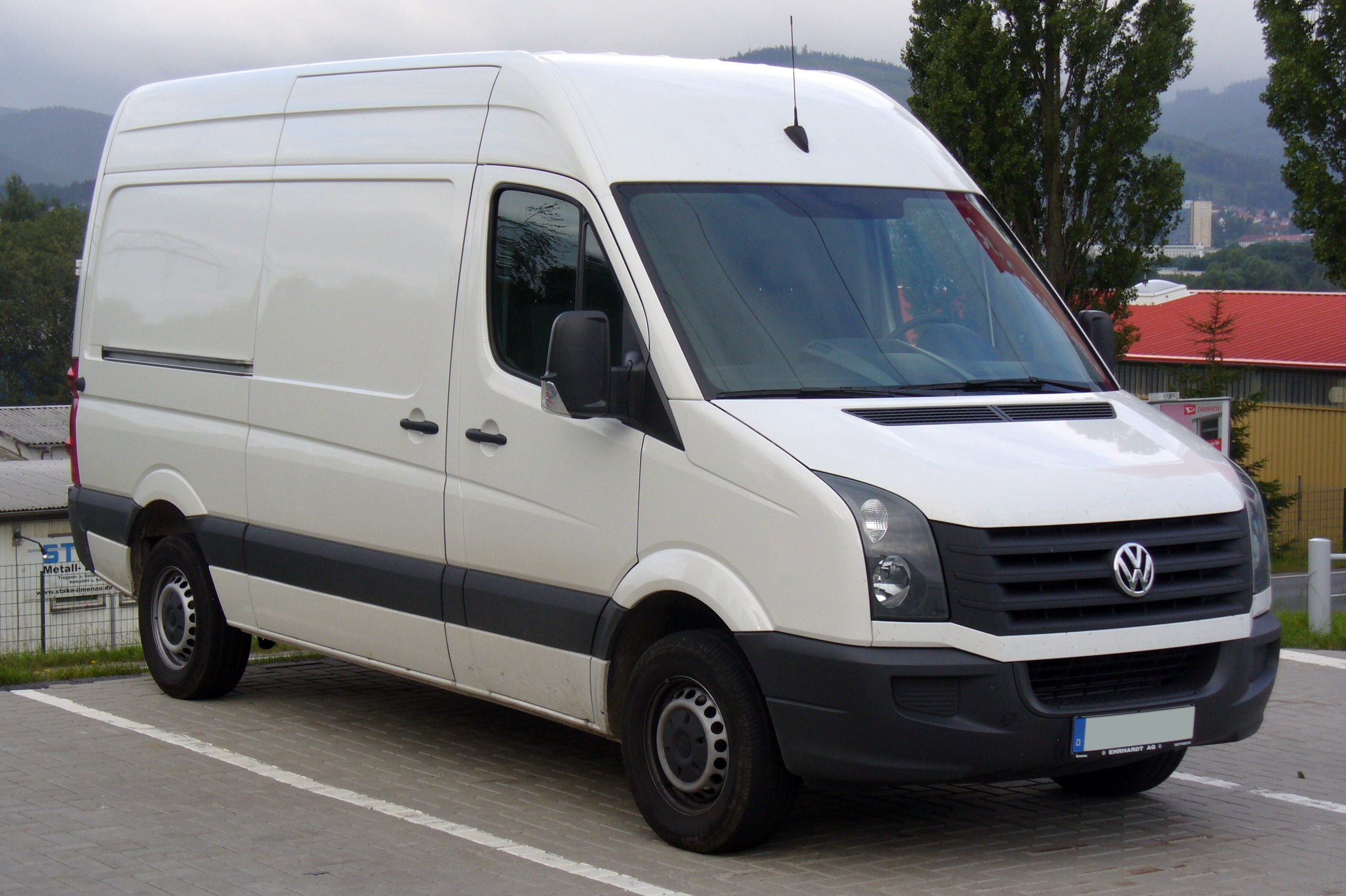 http://upload.wikimedia.org/wikipedia/commons/e/e8/VW_Crafter_2.0_TDI_Facelift.JPG