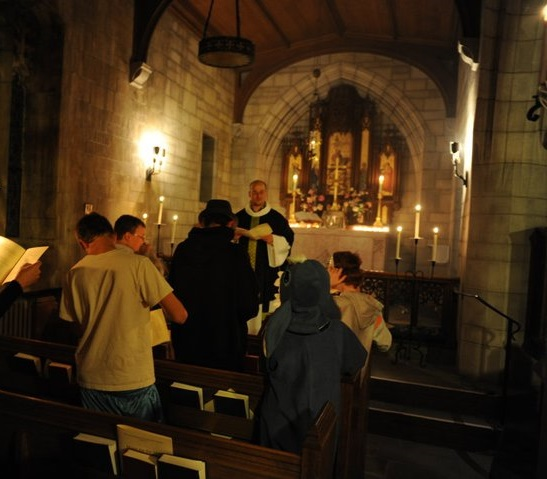 Vigil of All Hallows, St. George%27s Episcopal Church (2010).jpg