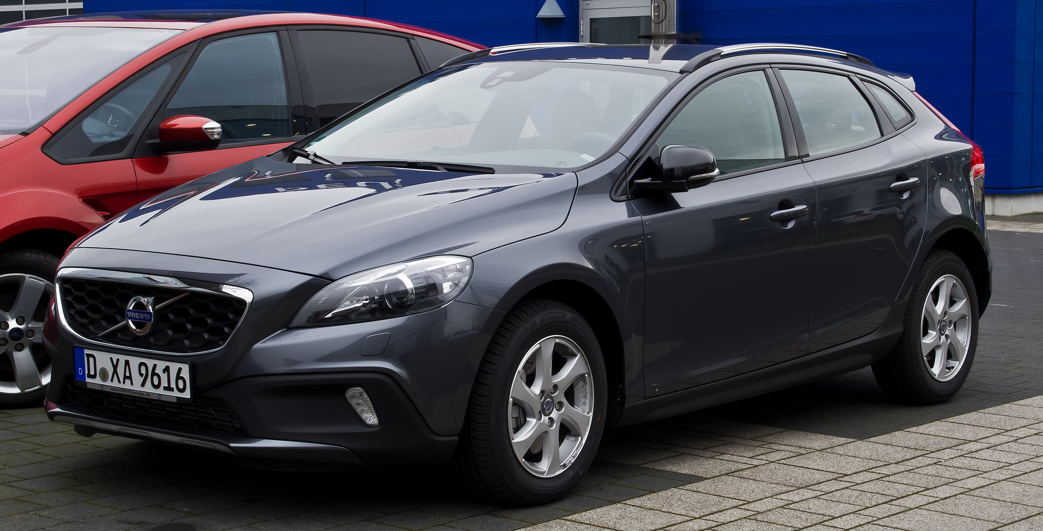 Файл Volvo V40 Cross Country D3 Momentum Frontansicht 3