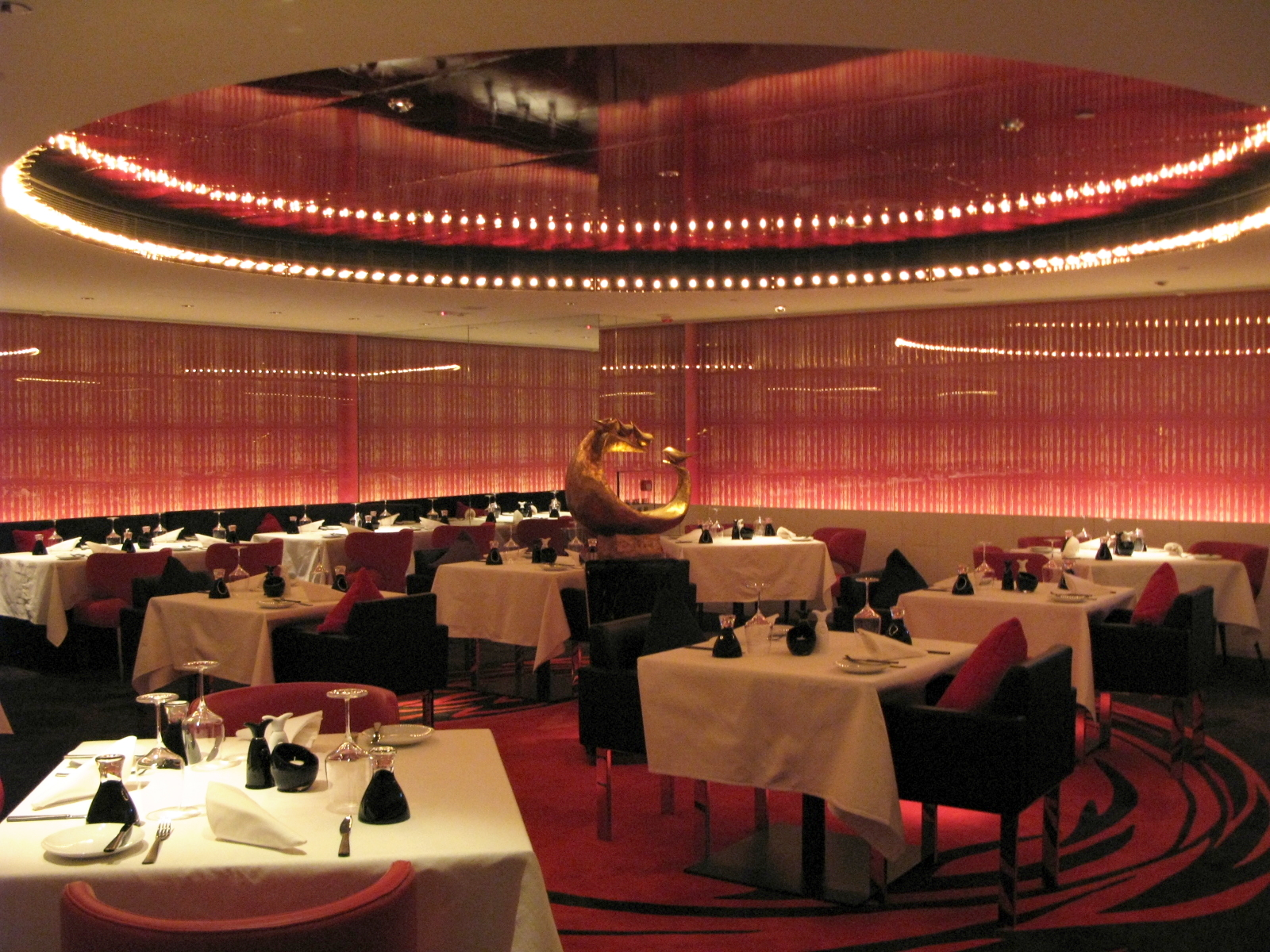 File w hotel hong kong fire restaurant interior g