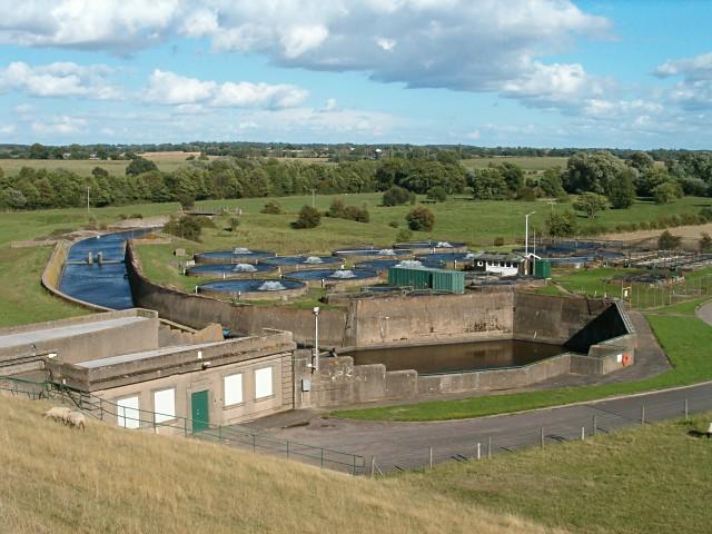 File:Water treatment - geograph.org.uk - 231374.jpg